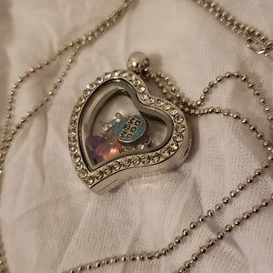 Jewelry - Heart Shaped Clear Dog Mom Charm Locket Necklace